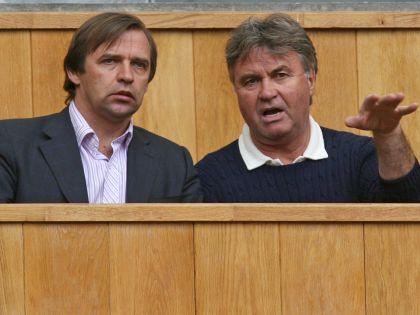 Бывшему помощнику Гуса Хиддинка в сборной России долгое время не удавалось найти работу