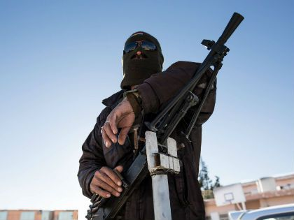 Последние террористические атаки во Франции напугали весь мир