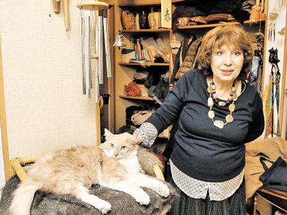 Елена Антоновна с любимым Люсиком