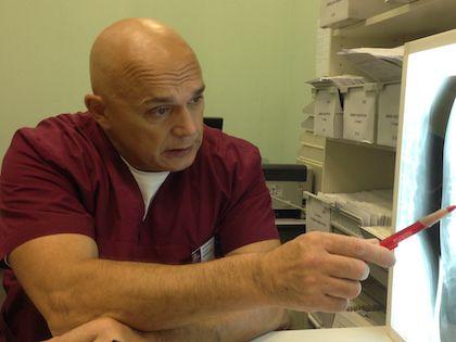 Доктор, ведущий телепрограммы «Правила движения» Сергей Бубновский