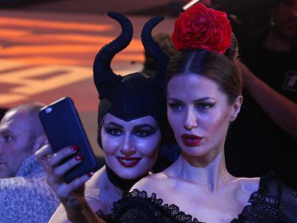 Мария Кожевникова и Виктория Боня