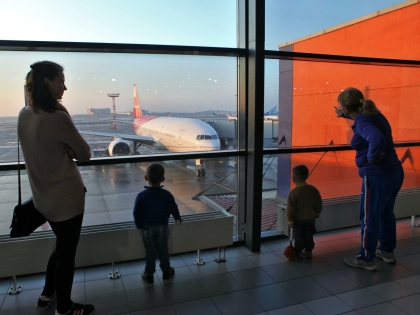 Перевозчиков заставят платить тем, кто застрял в аэропорту даже не по их вине