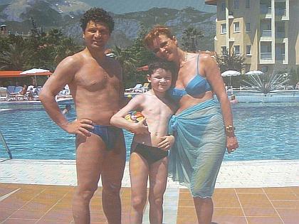Сергей Минаев с семьей