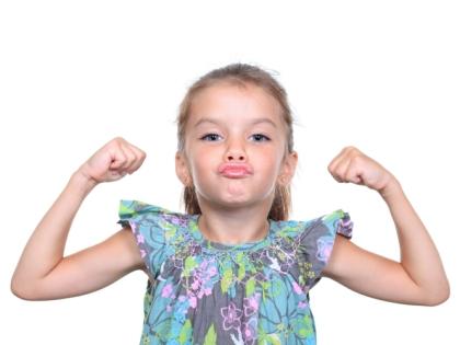 Внушительная мышечная масса защищает кости ребенка от переломов