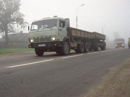 Водитель «ГАЗели» врезался в «КамАЗ»