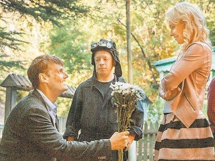 Справиться с языковыми проблемами Филиппу помогла его театральный педагог Людмила Майер-Бабкина