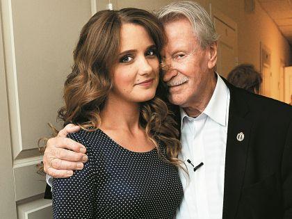 Брак Краско с девушкой, которая младше его 60 лет, шокировал многих
