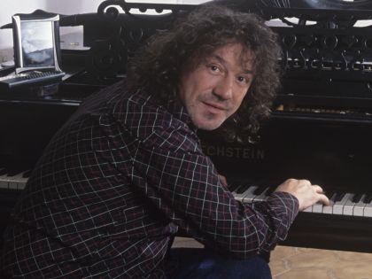 Владимир Кузьмин сорвал концерт 26 сентября в московском ЦКИ Меридиан