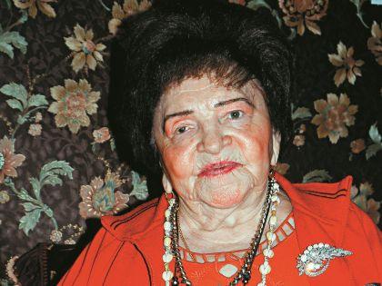 Маме Барыкина в этом году исполняется 88 лет