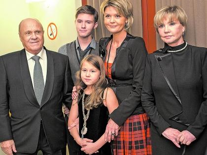 Андрей в кругу звёздной семьи Меньшовых