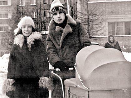Ольга Зарубина, Александр Малинин с дочерью Кирой (1985 г.)