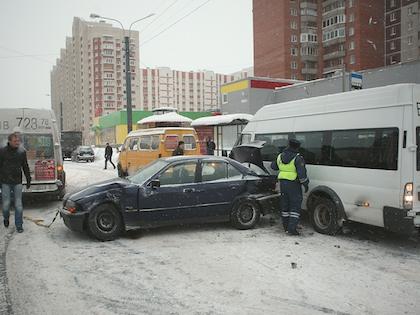 На месте погибли водитель и пассажиры ВАЗа, водитель Honda