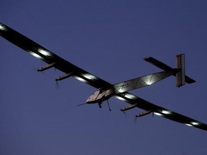 Размах крыльев Solar Impulse-2 — 72 метра, вес — 2,3 тонны