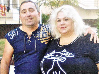 Надежда со своим супругом Хусейном