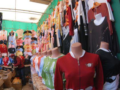 Глава профсоюза текстильщиков объяснил, зачем нужен запрет на ввоз контрабандной одежды