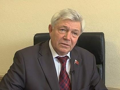 Член фракции КПРФ Николай Разворотнев
