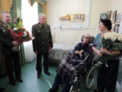 Анатолий Романов с женой
