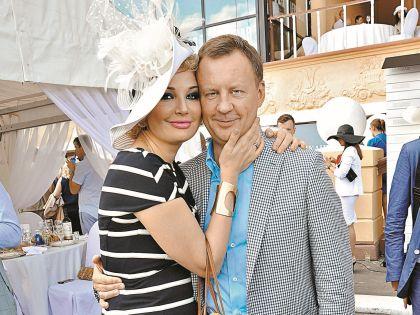 Максакова с мужем Денисом Вороненковым