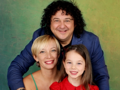 Игорь Саруханов с семьей