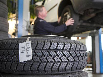 Акциз на шины отменяется — а «налог на вредную пищу»?