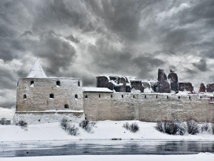 Крепость Орешек снаружи
