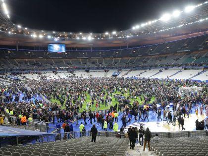 На месте подрыва смертника около арены «Стад-де-Франс» был найден сирийский паспорт