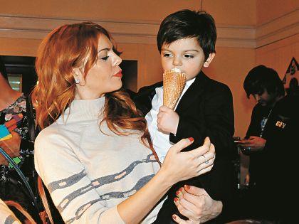 Анастасия Стоцкая с сыном Александром