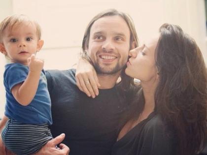 Светлана Светикова с мужем и сыном