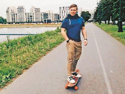 Сын кинозвезды учится в Академии госслужбы при президенте РФ на факультете международных отношений