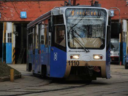 Трамвай наехал на пешехода