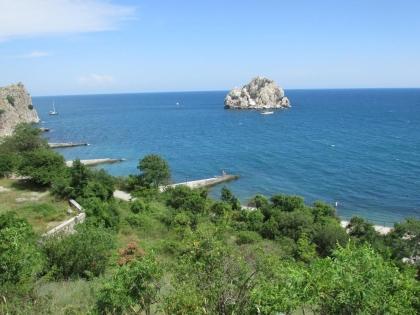 Крым покорил французских визитёров (на фото — пляж в Гурзуфе)