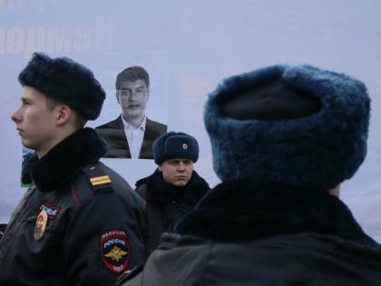 Ранее на пытки во время допросов жаловались два других фигуранта дела Немцова — Заур Дадаев и Тамерлан Эскерханов