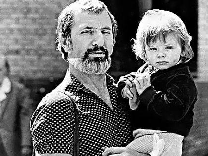 Виктор Мережко с дочерью Машей