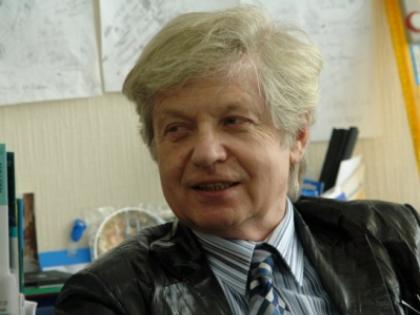 Олег Вайсберг