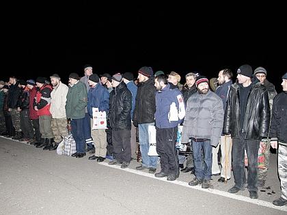 6 апреля власти ДНР передали Украине 16, по их словам, пленных, а Киев якобы никого не передавал