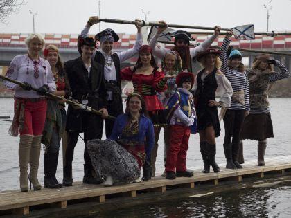 Пираты от мала до велика на плоту на базе ЦСК ВМФ, Серебряный бор