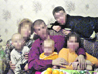 Супруги Сомовы с детьми