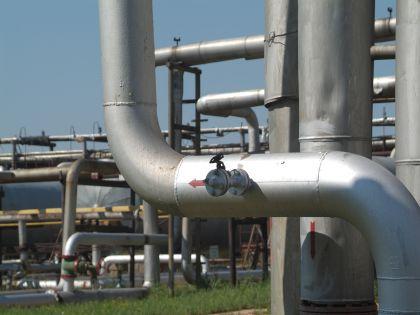 """""""Роснефть"""" ежегодно допускает более 10 тысяч прорывов трубопроводов, утверждают в """"Гринпис"""""""