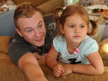 Антон Зацепин с дочерью