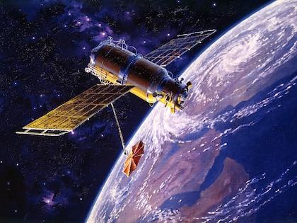 Олег Майданович не сообщил, какой стране принадлежат космические аппараты