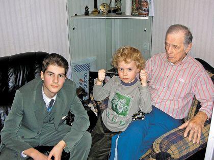Внуки Георгия Жженова Пётр (старший) и Георгий