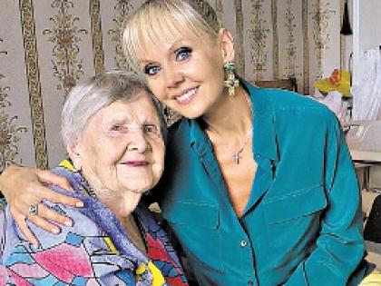 Валерия с бабушкой