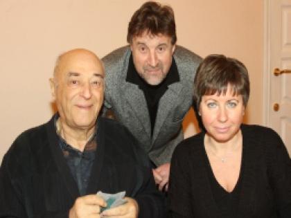 Владимир Этуш с супругой и Леонидом Ярмольником